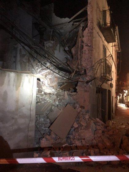 Se derrumba la fachada de una vivienda en Murillo de Río Leza (La Rioja)