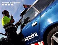 Detingut per retenir i abusar d'una dona en un pis del Raval de Barcelona (MOSSOS D'ESQUADRA)