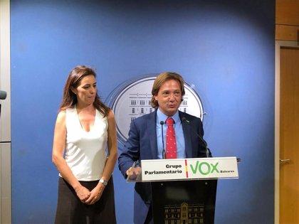 Vox pide al Parlament balear que retire la PNL de MÉS que solicita un referéndum para elegir entre monarquía y república