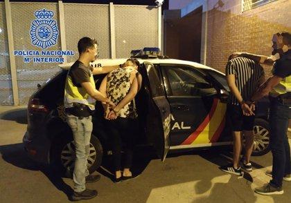 Policía Nacional detiene en Murcia a dos individuos tras amenazar con una navaja a unos viandantes