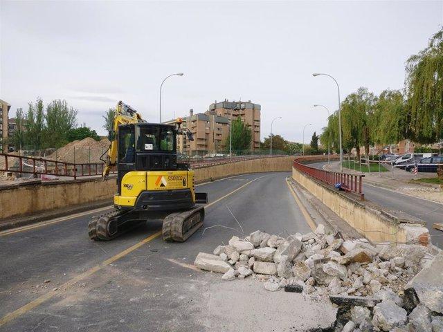 Trabajos derribo túnel de Duques de Nájera en Logroño