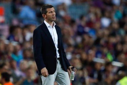 El Valencia vuelve a la Champions enredado en dudas