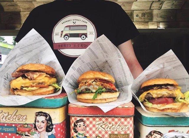 València busca la mejor hamburguesa de España en un concurso con más de 50 versi