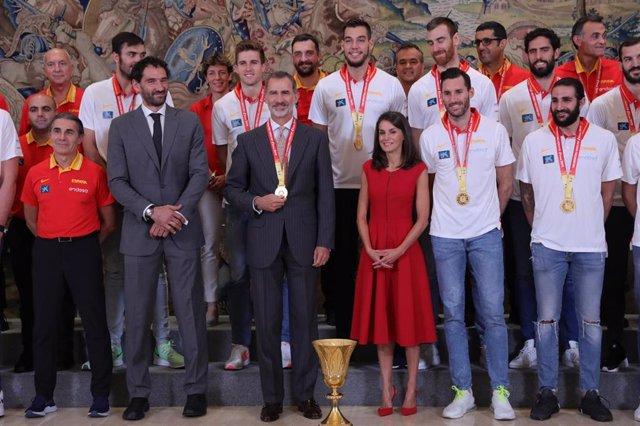Audiencia de los Reyes a la selección nacional de baloncesto ganadora de la Copa Mundial FIBA 2019