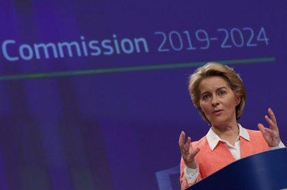 El ministro de Exteriores húngaro muestra su rechazo a los planes migratorios de Von der Leyen