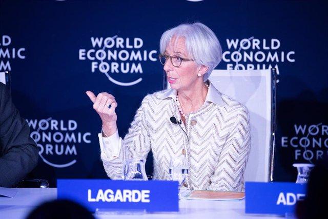 "HANDOUT - 23 January 2019, Switzerland, Davos: Managing Director of International Monetary Fund (IMF) Christine Lagarde speaks during the Session ""Finding Future Jobs"" at the Annual Meeting 2019 of the World Economic Forum. Photo: Boris Baldinger/World Ec"