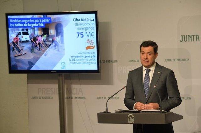 El presidente de la Junta, Juanma Moreno, informa sobre ayudas para los afectados por la gota fría