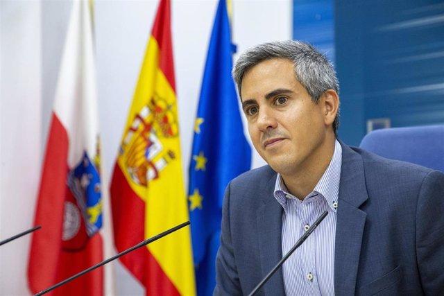 El vicepresidente de Cantabria y portavoz del Gobierno, Pablo Zuloaga, en rueda de prensa