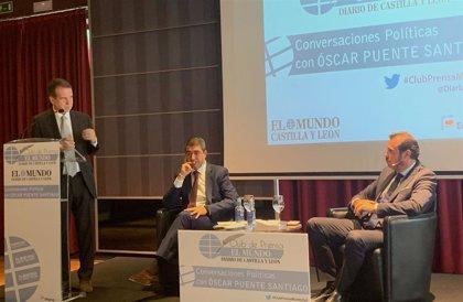 """Óscar Puente sitúa a Abel Caballero como """"referente"""" y reconoce que """"no es fácil"""" seguir su ritmo de trabajo"""