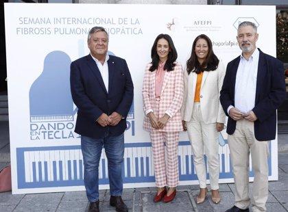 Afectados por fibrosis pulmonar idiopática y Roche Farma lanzan la campaña 'Dando en la tecla de la FPI'