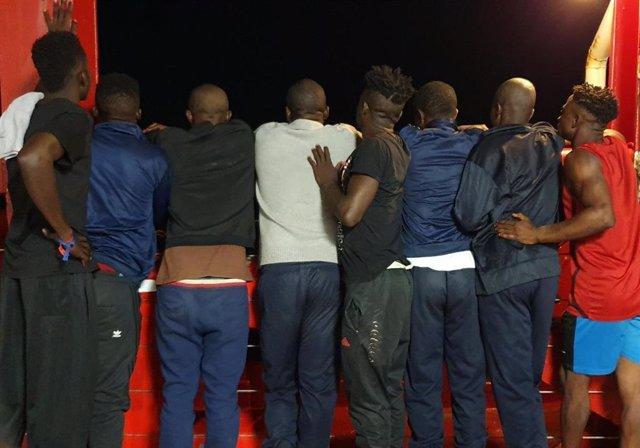 Europa.- El 'Ocean Viking' rescata a 48 migrantes frente a las costas de Libia