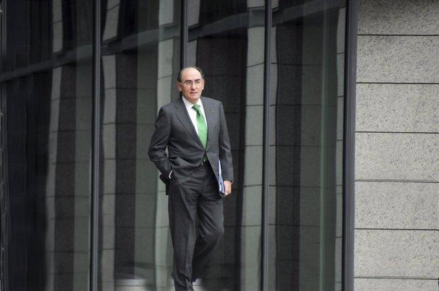 Economía.- Iberdrola vende participación del 50% en dos proyectos de renovables