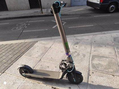 Denunciado en Valladolid por circular con patinete sin autorización y por conducción negligente
