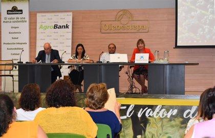 Cooperativas Agro-alimentarias impulsa el acceso de socias y trabajadoras a puestos directivos mediante la formación