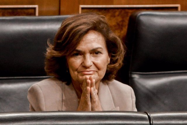 La vicepresidenta del Gobierno, Carmen Calvo, durante la primera sesión ordinaria en el Congreso de los Diputados tras el parón vacacional.