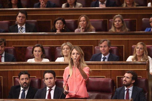 La portavoz del PP en el Congreso, Cayetana Álvarez de Toledo, comparece en sesión de control al Gobierno en funciones un día después de conocerse la casi plena seguridad de unas elecciones el 10 de noviembre, en Madrid (España), a 18 de septiembre de 201