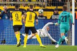 Ter Stegen salva un Barça adormit a Dortmund (Marius Becker/dpa)