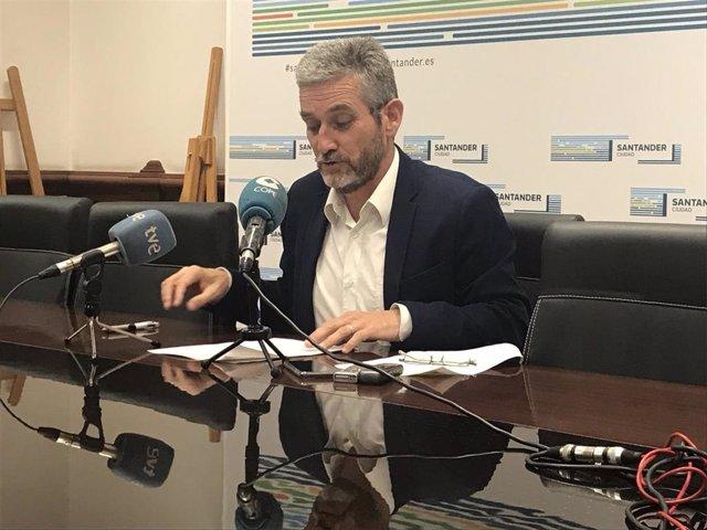 El portavoz del equipo de Gobierno de Santander y concejal de Urbanismo, Javier Ceruti, informa de los acuerdos de la Junta de Gobierno Local