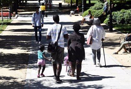 Uno de cada dos hogares monoparentales está en riesgo de pobreza y exclusión en España, según un estudio