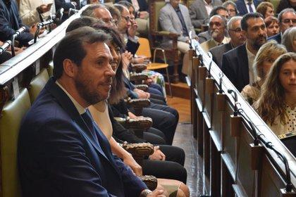 "Puente llama ""farsantes"" a Rivera e Iglesias"