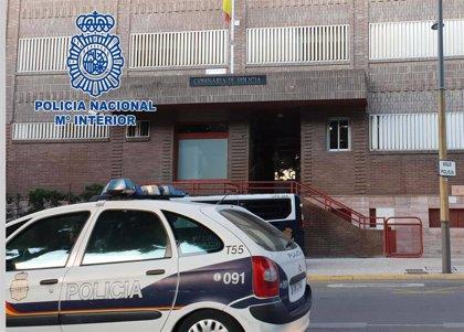"""Muere un hombre de 76 años en Almería tras caer desde un ático donde """"regaba las plantas"""""""