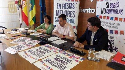 Evitar la venta de alcohol a menores en bares o supermercados, objetivo de una campaña municipal en los Sanmateos