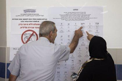 Israel.- Gantz y Netanyahu piden el mandato para formar Gobierno ante lo igualado de los resultados en Israel