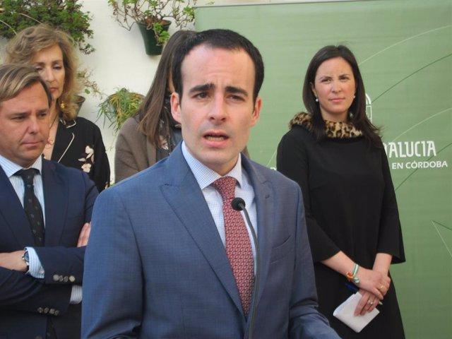 El delegado de Empleo, Formación, Trabajo Autónomo y Economía, Conocimiento, Empresas y Universidad de la Junta de Andalucía en Córdoba, Ángel Herrador.