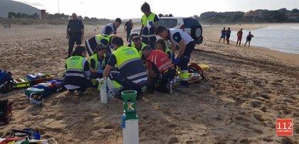 Fallece ahogada una mujer holandesa de 65 años en la playa de Joyel en Noja