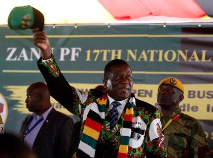 Zimbabue despliega médicos militares en los hospitales ante la huelga de profesionales sanitarios