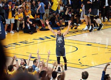 Stephen Curry se compromete a representar a EEUU en los Juegos de Tokio