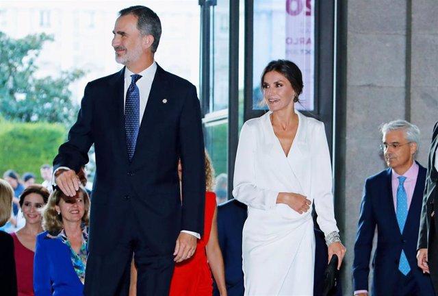 El Rey Felipe y la Reina Letizia en la inauguración de la temporada del Teatro Real