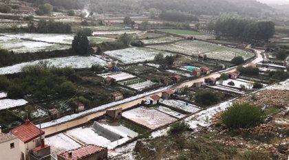 Dos tormentas con granizo dejan 70 litros por metro cuadrado en Vilafranca en una tarde