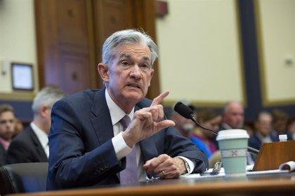 """EEUU.- Powell mantiene que la nueva bajada de tipos sigue siendo un """"ajuste de medio ciclo"""""""