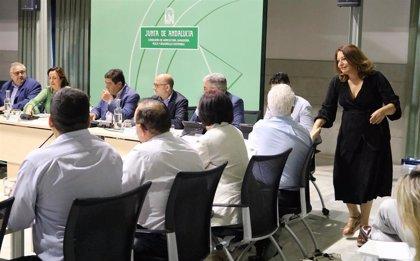 Junta apuesta por la colaboración con organizaciones agrarias para agilizar la tramitación de ayudas por la gota fría