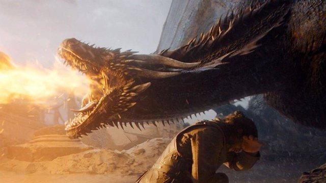 Drogon y Jon Snow en el último capítulo de Juego de tronos