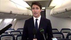 Trudeau es disculpa per una fotografia de l'any 2001 en la qual surt disfressat d'Aladí (VIA REUTERS / HANDOUT .)