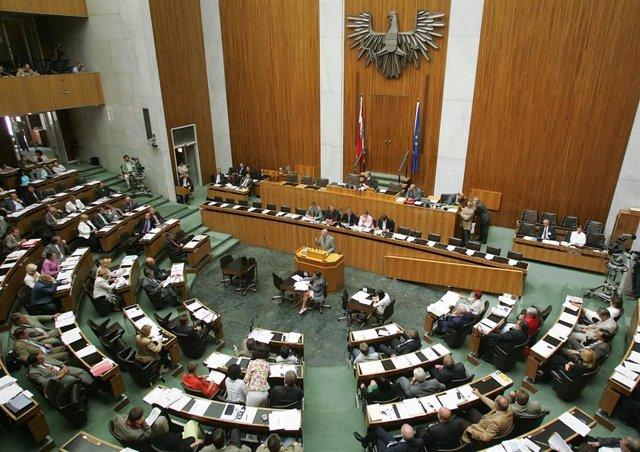 Resultado de imagen para parlamento austria mercosur