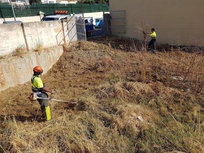 Cort limpia casi 265.000 m2 de una treintena de solares municipales