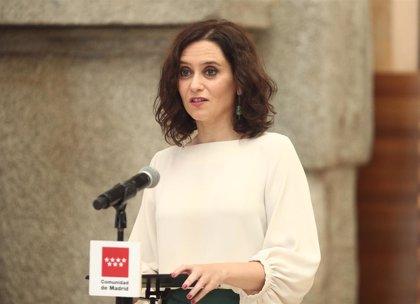 """Ayuso cree que a Errejón """"le importa la política madrileña absolutamente nada"""" y que está """"deseando irse"""""""