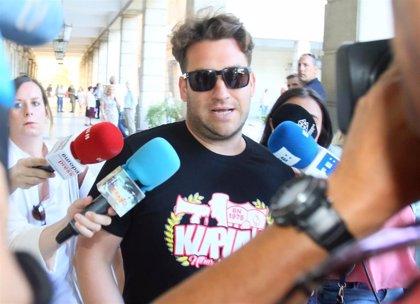 Condenados tres miembros de 'La manada' a una multa de 270 euros cada uno por el robo de unas gafas en San Sebastián