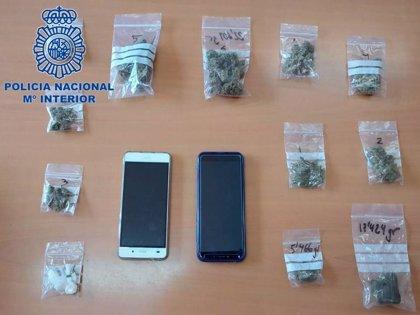 Detenida en Tudela con 13 bolsas con cocaína, marihuana y hachís