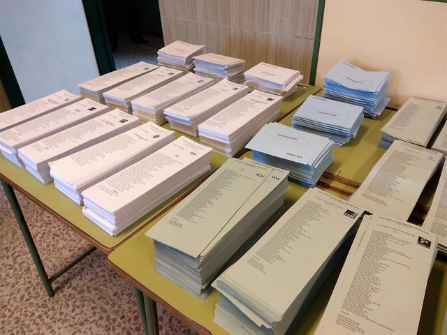 Paperetes per a les eleccions municipals i al Parlament Europeu