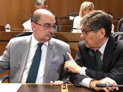 Los grupos de las Cortes coinciden en desvincular las entregas a cuenta de la financiación autonómica de los PGE