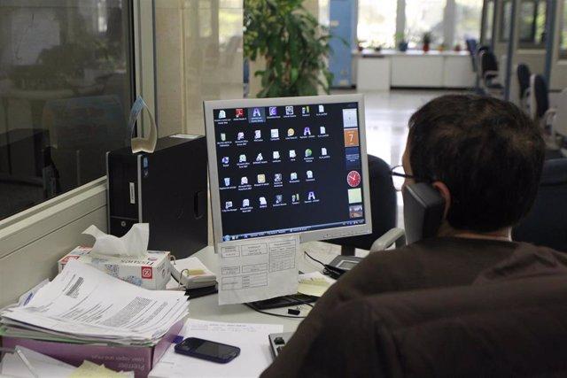 funcionarios, funcionario, función pública, funcionariado, oficina, oficinas, trabajando, trabajar, trabajador, empleado, paro, parados, empleo, desempleo, desempleado, desempleados, empresa, empresas