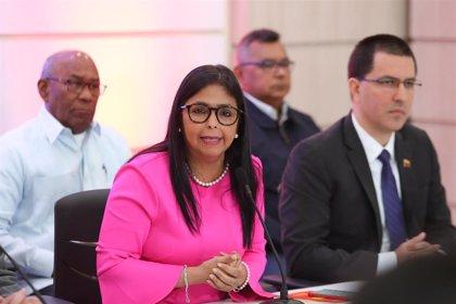 """La vicepresidenta de Venezuela defiende que a EEUU solo le queda el diálogo: """"No hay otro camino"""""""