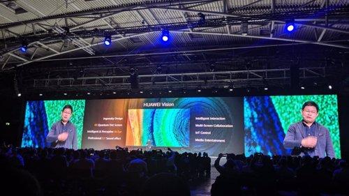 El CEO de Huawei, Richard Yu, en la presentación del televisor Huawei Vision en Múnich.