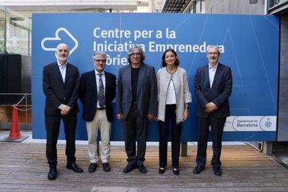 Maroto y el concejal de Turismo de Barcelona abordan retos de futuro de las ciudades