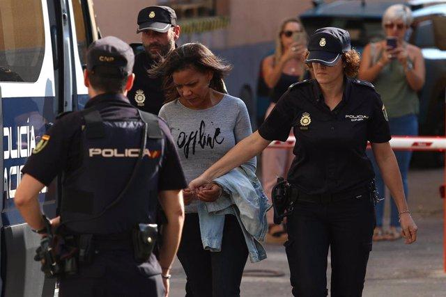 Ana Julia Quezada llega a la Audiencia Provincial de Almería para escuchar el veredicto sobre la muerte violenta de Gabriel Cruz