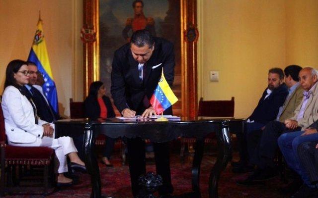 El pastor evangélico Javier Bertucci se suma al acuerdo de diálogo entre el Gobierno venezolano y la oposición minoritaria